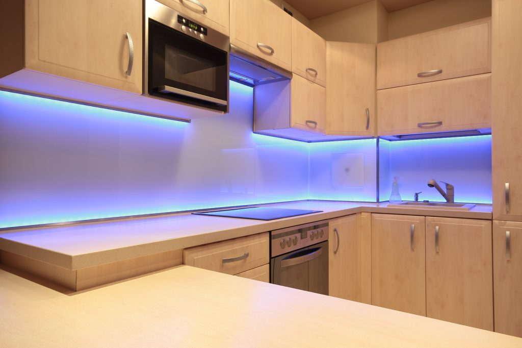 Oświetlenie Podszafkowe Oświetlenie Meblowe Led Lampy